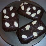 Шоколад с миндалем и какао-крупкой