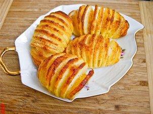 Как вкусно приготовить молодую картошку: 4 рецепта картошки в духовке