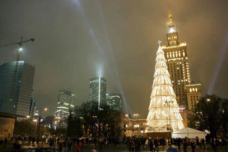 Елка в Варшаве