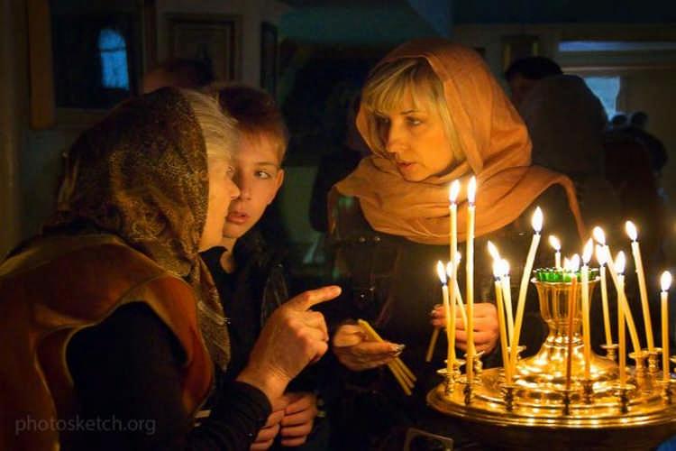 Как ставить свечи в храме: все, что вы хотели спросить