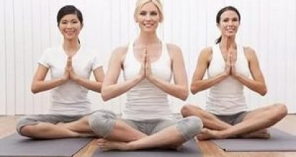 5 комплексов упражнений йоги для плоского живота