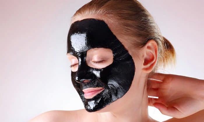 Черная маска для лица в домашних условиях: рецепты