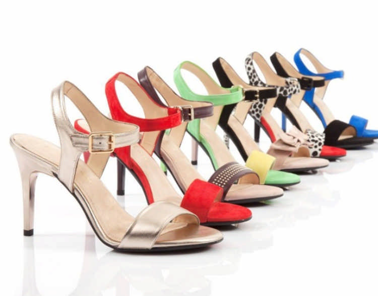 Туфли со сменными каблуками: решение для современных женщин