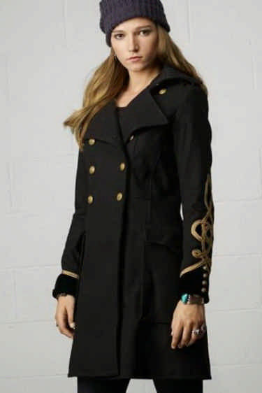 Как выбрать элегантное женского демисезонное пальто