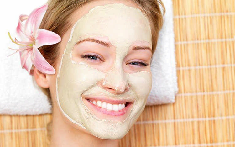 Как избавиться от прыщей на лице: рецепты косметологов и народных лекарей