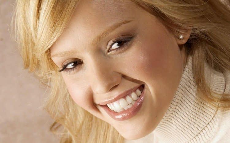 как научиться красиво улыбаться