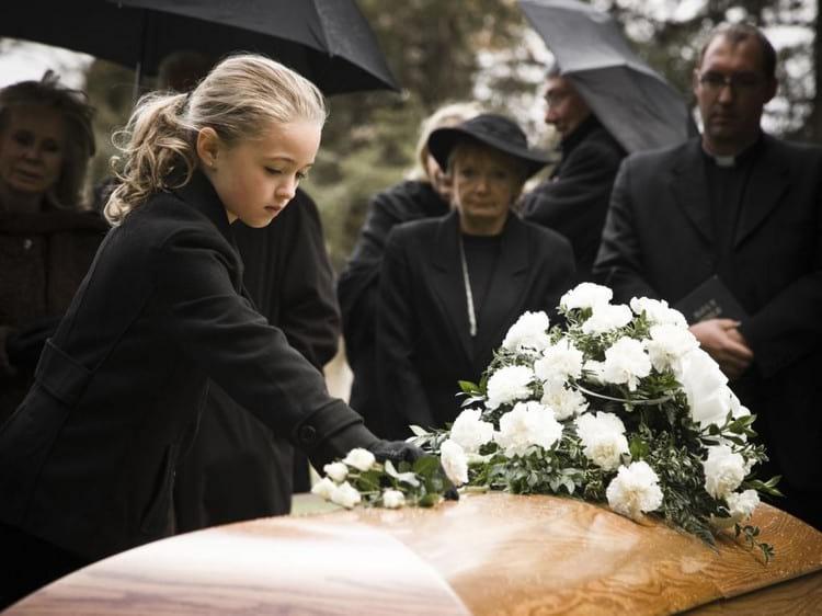 Как пережить потерю близкого человека