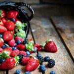 Как отстирать пятна от ягод