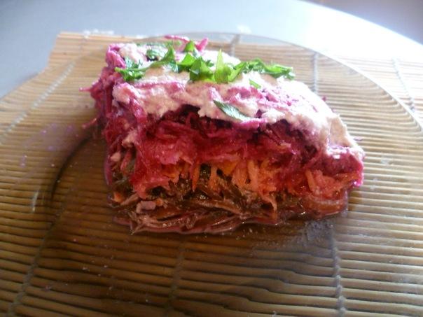 Рецепты новогодних сыроедных салатов
