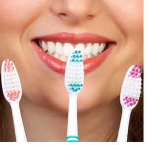 Правильно выбирайте зубную щетку
