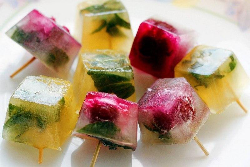 как правильно заморозить Лед с ягодами