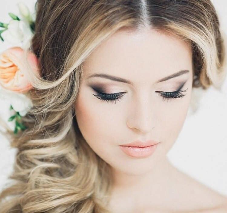 Как сделать макияж на выпускной: интересные идеи