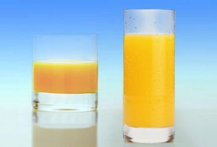Высокие узкие стаканы