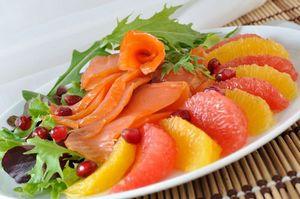 Салат из лосося с апельсином