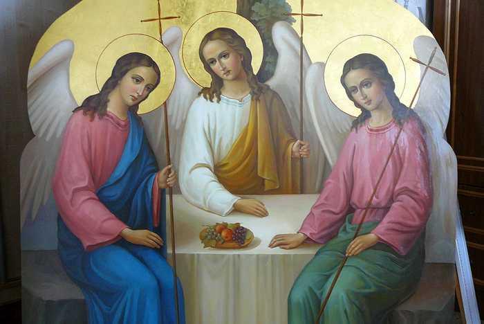 Православная Троица: когда и как праздновать, что нужно делать и что нельзя