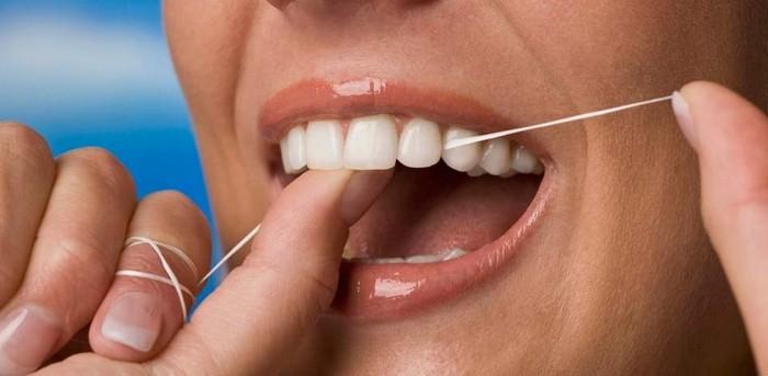 Как правильно выбрать и пользоваться зубной нитью