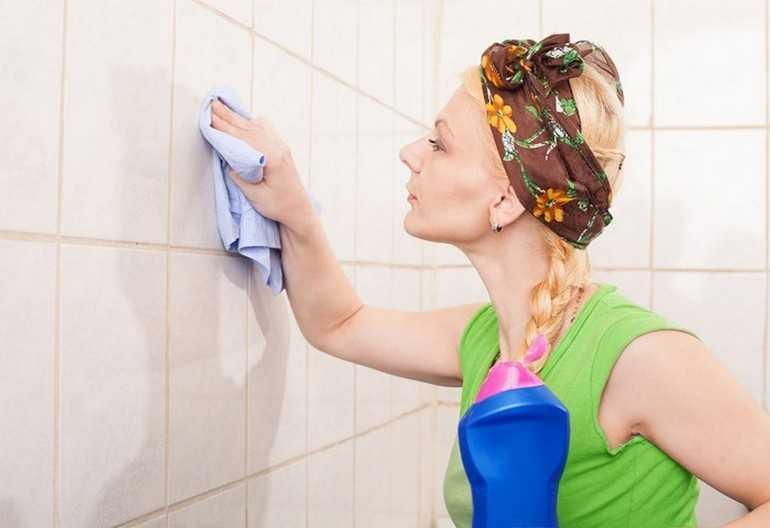 Как очистить межплиточные швы в ванной. Как очистить от плесени кафель в ванной