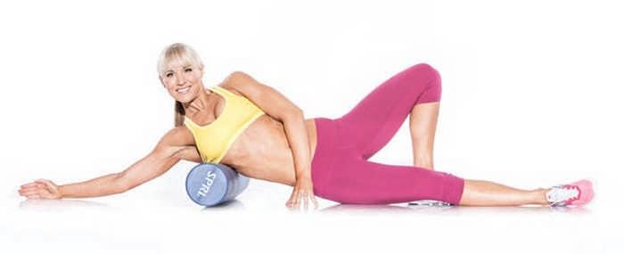 Упражнения с массажным роликом для домашних тренировок