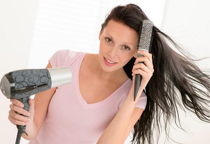 Как правильно сушить волосы феном и без фена, чтобы волосы были гладкими и объемными