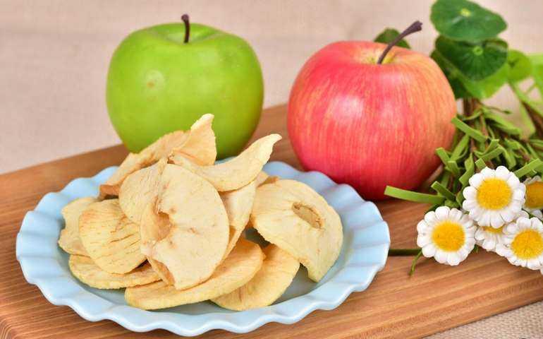 Домашние сушеные яблоки