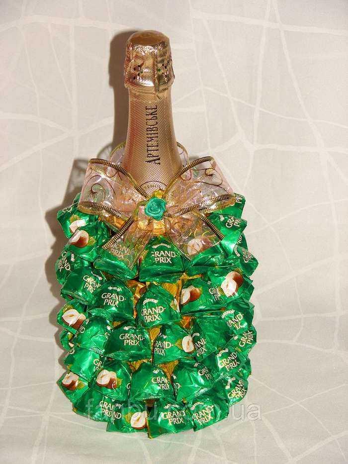 Елка шампанское