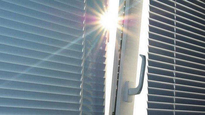 Как легко и быстро помыть горизонтальные и вертикальные жалюзи в домашних условиях