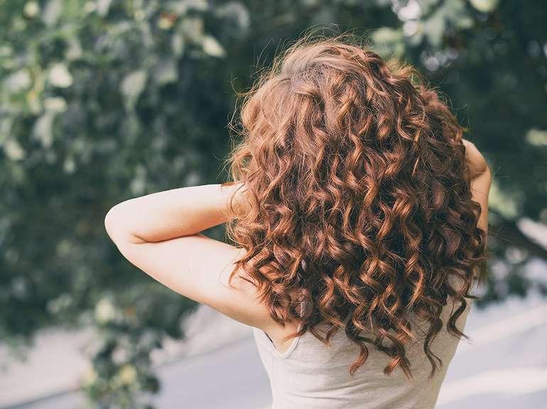 Как уложить кудрявые волосы - Длинные волнистые волосы