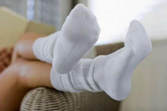 Как отстирать белые носки в домашних условиях вручную и в стиральной машинке