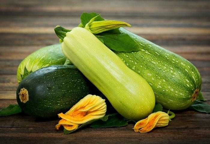 Как сделать оладушки из кабачков: многообразие рецептов