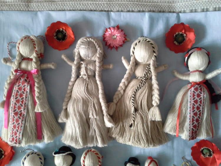 Тряпичная кукла из старых лоскутков