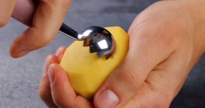 Вырезаем шарики