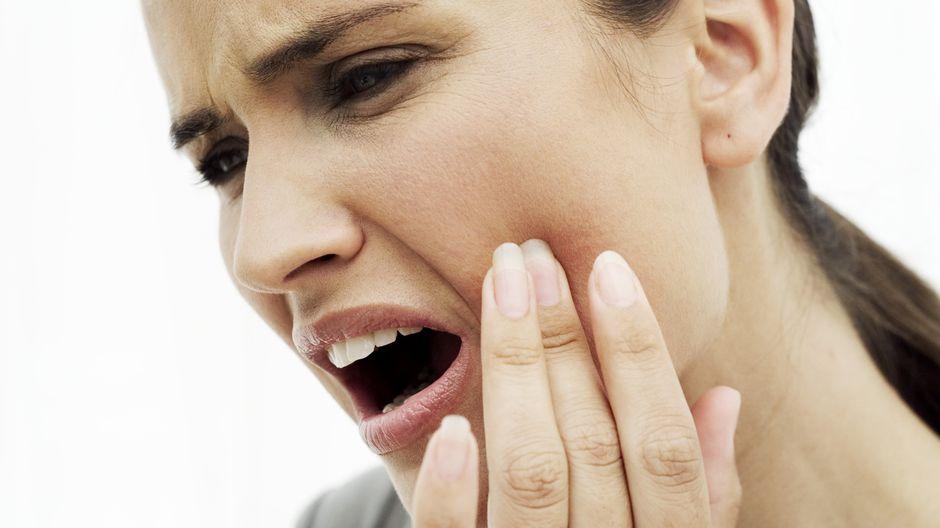 Успокоить зубную боль
