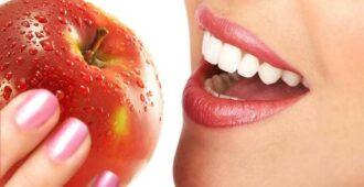 Как убрать налет на зубах у взрослых и детей
