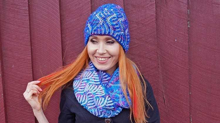 2Двухцветная шапочка в стиле «бриошь»