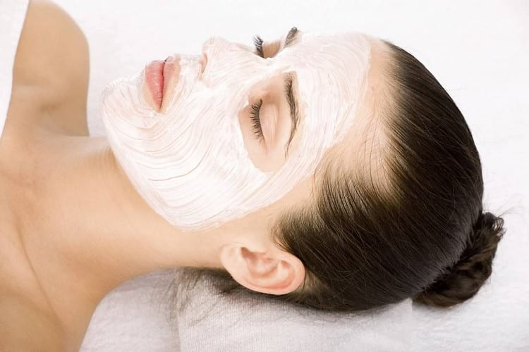 Омолаживающие домашние маски для лица с подтягивающим эффектом и от морщин
