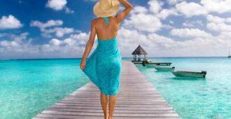 Как завязать и носить пляжное парео: различные способы