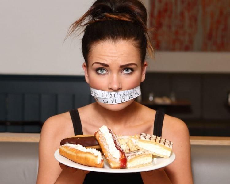 Как избавиться от зависимости к сладкому: все эффективные способы