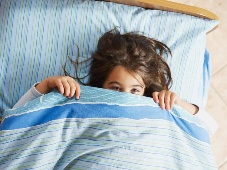 Почему постельное белье пахнет