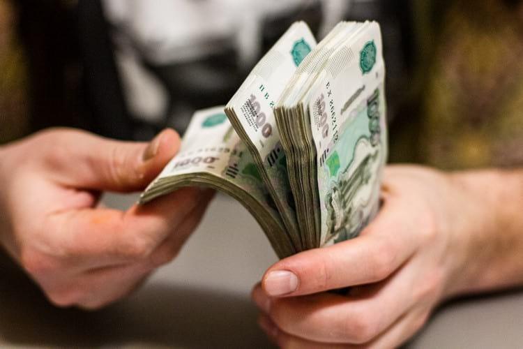 Как правильно и в какие дни можно брать и отдавать долги