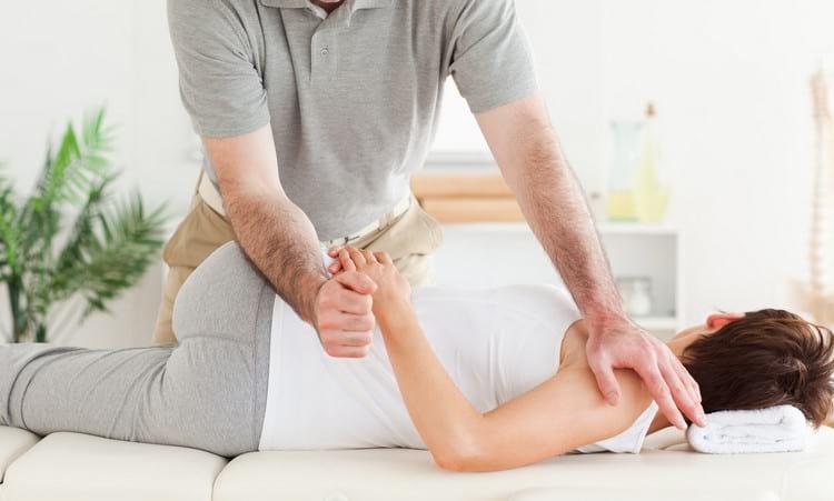 Виды мануальной терапии: польза, вред, показания и противопоказания