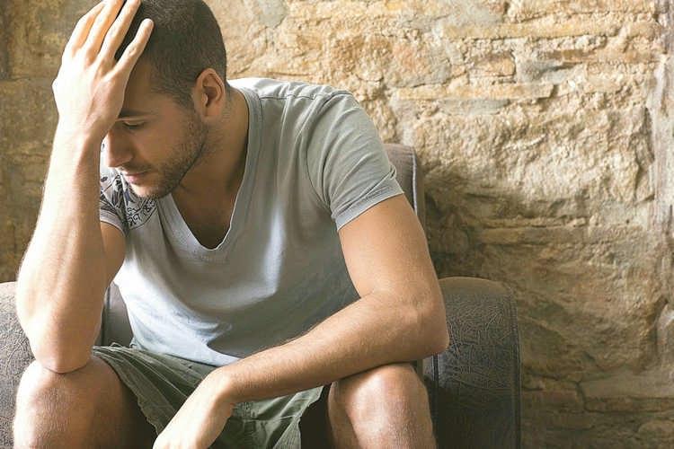 как утешить плачущего человека