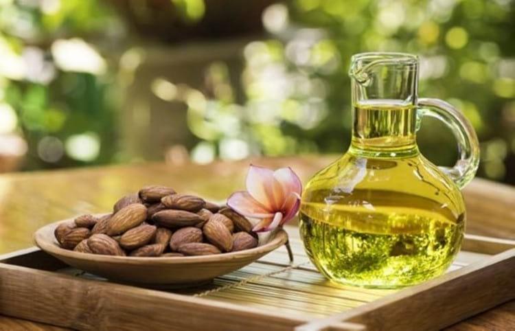 Чем полезно миндальное масло