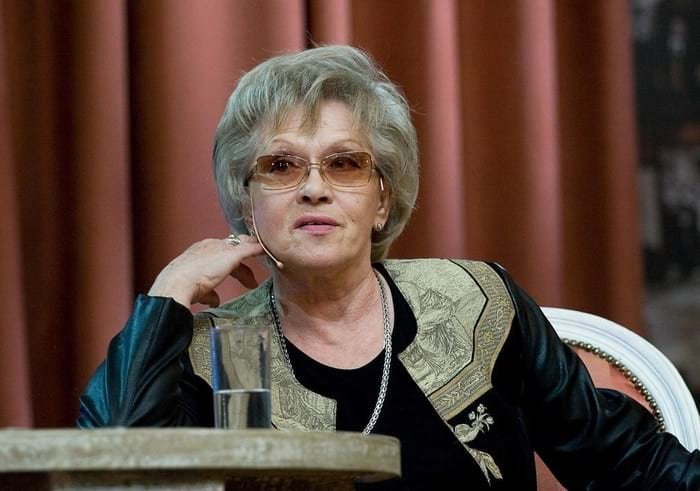 Алиса Фрейндлих
