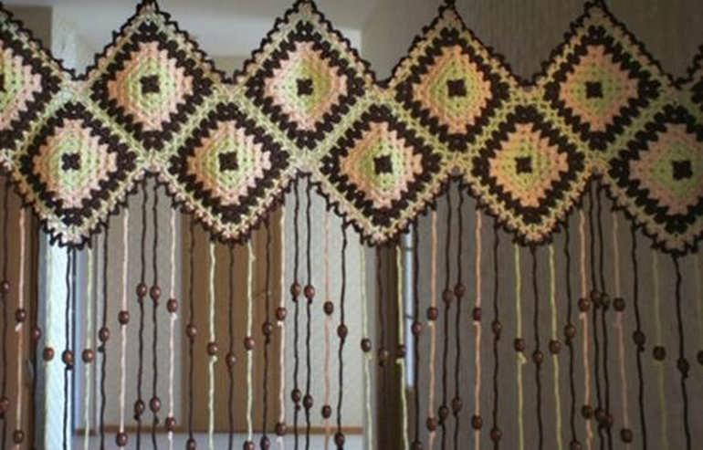 Осваиваем новую технику вязания: бабушкин квадрат для начинающих