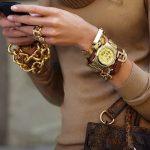 Как правильно носить браслеты на руках