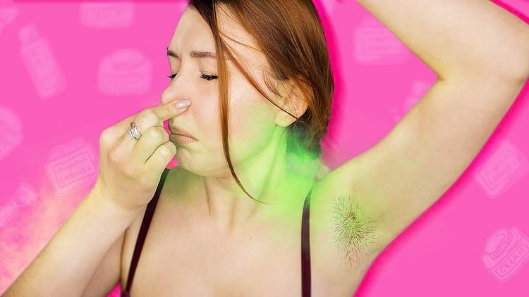 Как убрать запах пота под мышками
